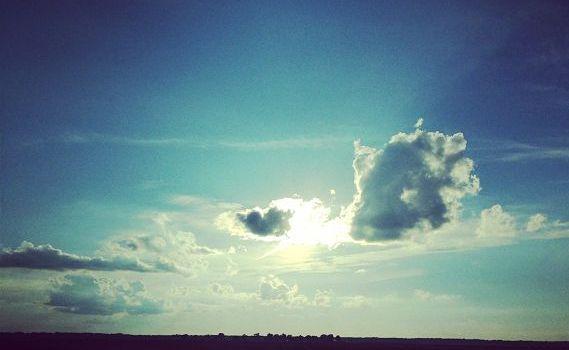 Clouds 570x350