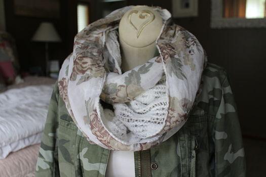 Infinity scarf horiz_feat image