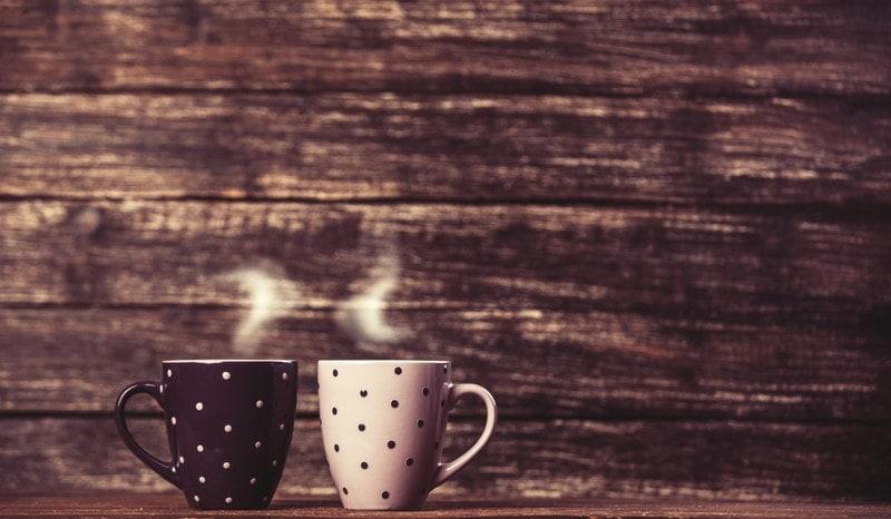coffee cups polka dot